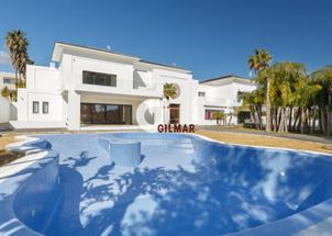 Superb Villa house in Sotogrande Bajo