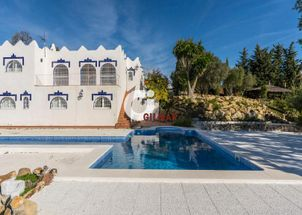 Detached house in Doña Julia Golf