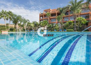 Apartment with panoraminc golf views in Flamingos