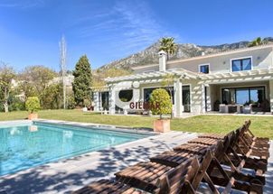 Villa in Marbella Hill Club