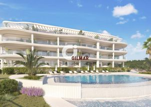 New development with sea views in Fuengirola