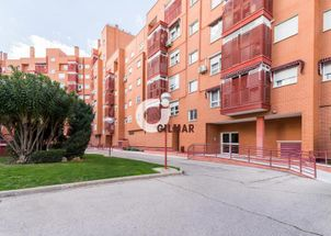 APARTMENT. LAS ROSAS. 2 BED. + 2 BATH.
